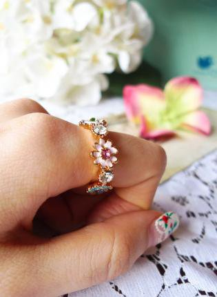 Multi Ring - Daisy Days Ring | UsTrendy