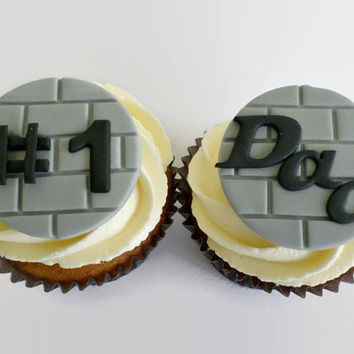 Fathers Day Gift Cupcake Fondant Toppers Number #1 Dad Fathers Day Favor Treat Dad Birthday Party Edible Toppers - set 12