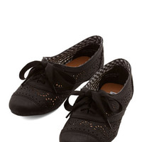 ModCloth Menswear Inspired Jazz on the Patio Flat in Black