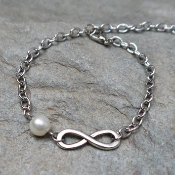 Infinity bracelet,Single bracelet, friendships gift,Bridesmaid gifts