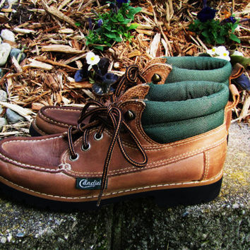 vintage Candies brown leather hiking boot with hunter green trim. size 7.5 womens. vintage hiking boot