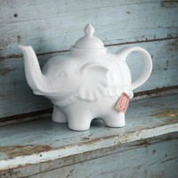 Elephant Teapot | Dining Accessories | House &amp; Home | House &amp; Home | rigby &amp; mac