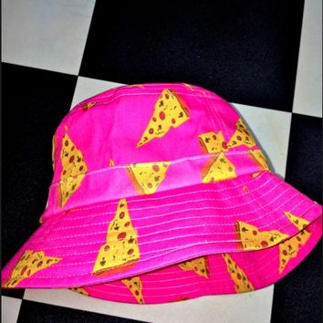 SWEET LORD O'MIGHTY! BARBIE PIZZA BUCKET HAT