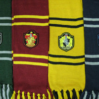 1.5m length Harry Potter Hogwarts Houses inspired scarf with emblem