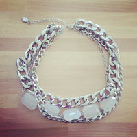 Bib statement necklace - White stone and silver chunky chain