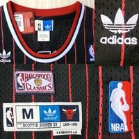 Scottie Pippen Chicago Bulls 33 NBA Basketball Jersey Scottie Pippen Bulls
