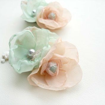 Peach And Mint Wedding Hair Flowers,  Bridal Hair Clips,  Bridesmaids, Pastel Wedding , Flower Girl  Lace Hair Accessories, Prom Flowers