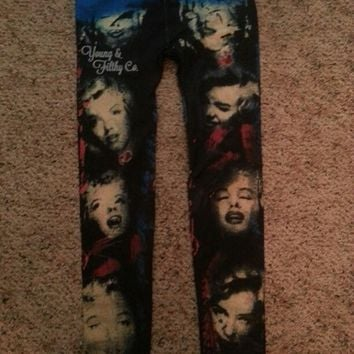 Super Cute Marilyn Monroe Leggings Size S