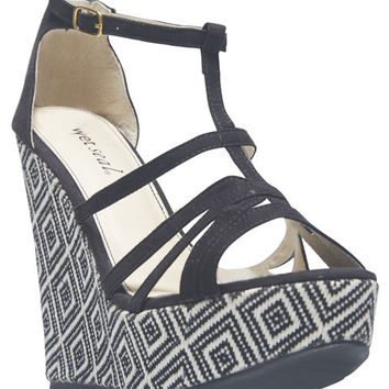 Diamond Weave Wedge Strappy Sandals | Wet Seal