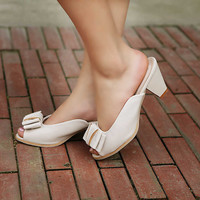 Wholesale Feet to show beautiful bowknot sexy sandals Z-RXE1-9 rice - Lovely Fashion