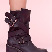 Deanne Strapped Boot - NastyGal