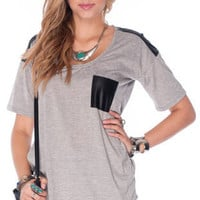 Front Pocket T-Shirt in Grey :: tobi