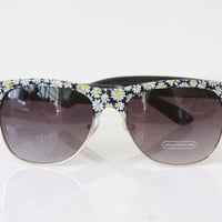 SJ Style Daisy Sun Flower Vintage Retro Chic Sunglasses - 2 Colors