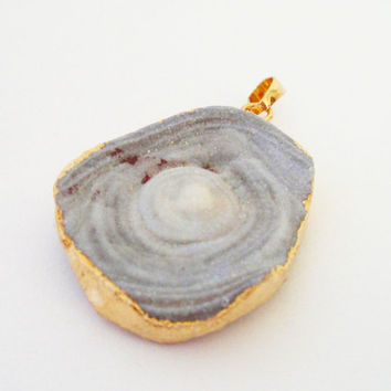 Grey Raw Druzy 14K Gold Plated Natural Agate Druzy Pendant,  Druzy with Round Spirals Pendant
