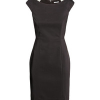 H&M - Fitted Dress -