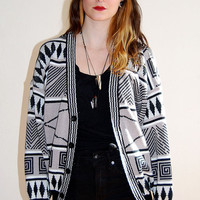 vintage grey and black pattern cardigan / size small