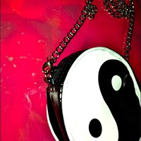SWEET LORD O'MIGHTY! LIL YING YANG SLING