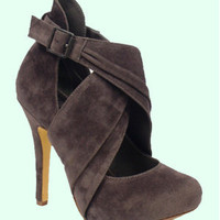 Grey Suede Criss Cross Ankle Heel Shoes - 5 to 11 - Unique Vintage - Bridesmaid & Wedding Dresses
