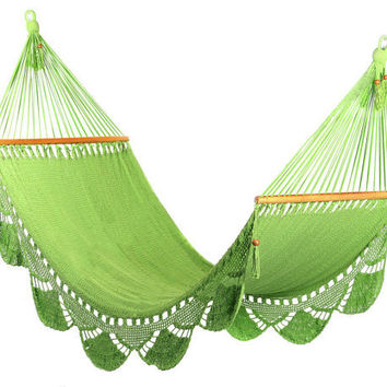 Light Green Hammock Handwoven Nicaraguan by veronicacolindres