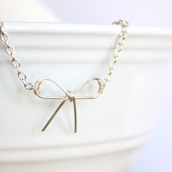 Bow Necklace - Silver jewelry - Simple Silver Jewelry - Wire Wrapped Jewelry Dainty Jewelry