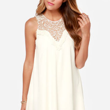 Roulette it Roll Sleeveless Cream Dress