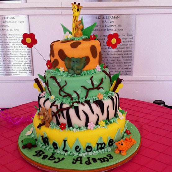 Baby shower cakes baby shower cake ideas jungle theme for Baby shower jungle theme decoration ideas
