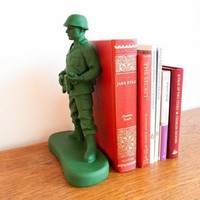 Toy Soldier Bookend - Jamie&#x27;s Father&#x27;s Day Picks