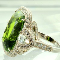 1STDIBS.COM Jewelry &amp; Watches - Spectacular Peridot &amp; Diamond Ring - Wayne Smith Jewels