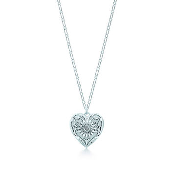 Tiffany & Co. - Ziegfeld Collection:Daisy Locket and Chain