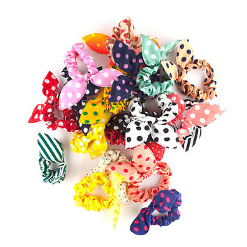 polka dotted - the bowed scrunchie