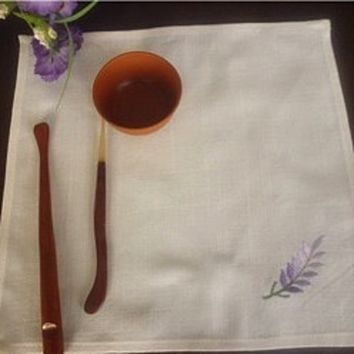 lavender dream- the simple embroidered napkin