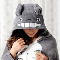My Neighbor Totoro - Smiling Totoro Blanket