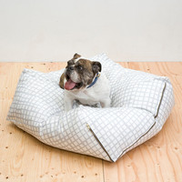 Urbanest Pet Bed - Grey/White