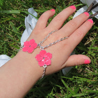Girls Bracelets Hot Pink Flower, Little girls, Bracelet ring, Slave Bracelet, Finger Bracelet, Ring Bracelet, Floral, Hot Pink, Pink, Sized