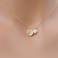 Initial Necklace  single pearl necklace monogram by myqjewelry