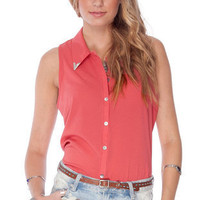 Tipsy Button Down Shirt in Brick :: tobi