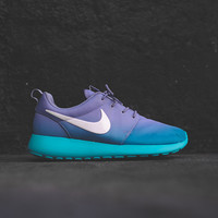 NIKE WMNS Roshe Run Print - Iron Purple / Turbo Green