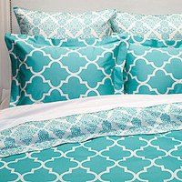 Z Gallerie - Mimosa Reversible Bedding - Aquamarine