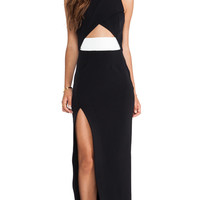 Tech Stretch Wrap Gown in Black