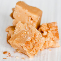 Caramelised apple cinnamon fudge recipe | Nibbles | Lay The Table