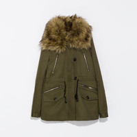 PARKA WITH DETACHABLE COLLAR