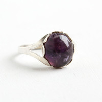Vintage Sterling Silver Amethyst Cabochon Ring - Retro Adjustable Oval Purple Gemstone Jewelry