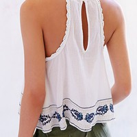 Ecote Eleanor Crochet-Trim Tank Top - Urban Outfitters