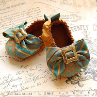 CAPRICE-silk And Lace Baby Shoes | Luulla