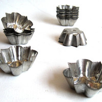 Antique Kitchenware / Cake Molds, Cake Moulds, Soap Molds / Set of 7 / Bakeware