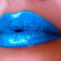 Turquoise Dream - metallic blue/turquoise liquid lipstick/lip gloss