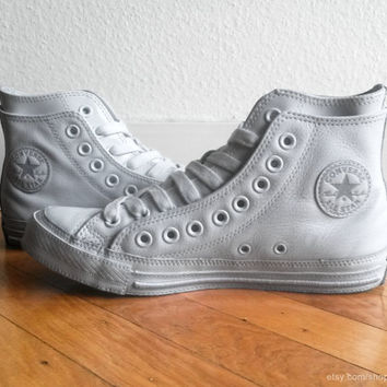 White leather Converse All Stars, high tops with double upper. Rare! Size eu 39.5 (UK 6.5, Us women's 8.5, Us men's 6.5)