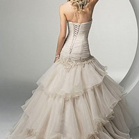 Buy discount Beautiful Elegant Exquisite Sweetheart Wedding Dress In Great Handwork at dressilyme.com