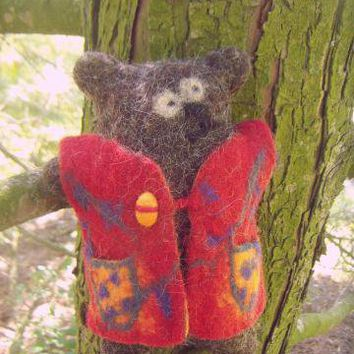 Felted Minimal Bear Molly by Seika on Zibbet