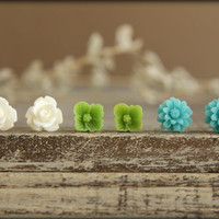 Flower Earring Studs Trio White Rose Green by saffronandsaege
